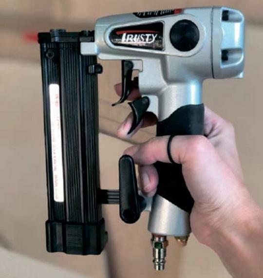 Гвозде-, шпилько- и скобозабивные монтажные пистолеты, или нейлеры. Обзор