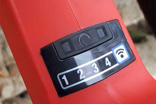 Сверхмощный аккумуляторный гайковёрт Milwaukee M18 ONEFHIWF1