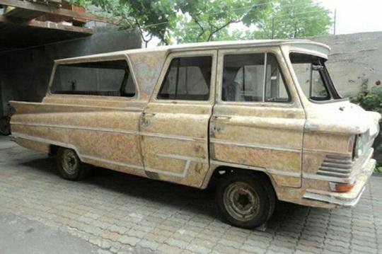 В Украине был создан самый футуристичный микроавтобус в СССР