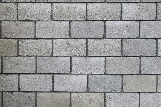 Как выбрать клей для строительства дома из блоков