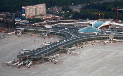 Терминал D в аэропорту «