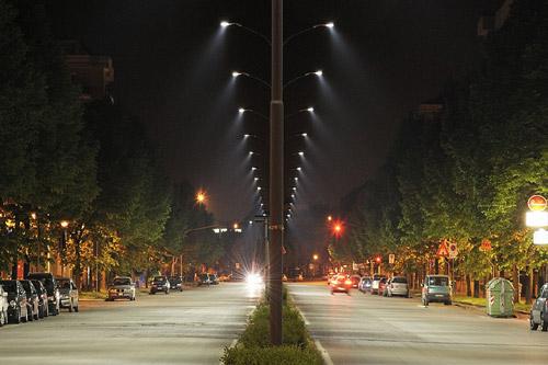В Киеве одну из улиц бесплатно подсветят светодиодами