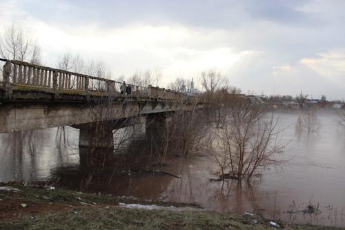 В Сумах пришел черед ремонта аварийного моста