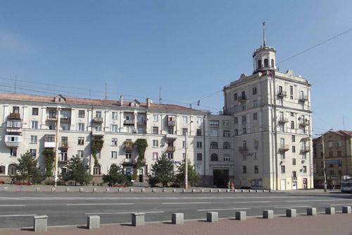 Чиновники запорожского ЖКХ растратили почти миллион гривен