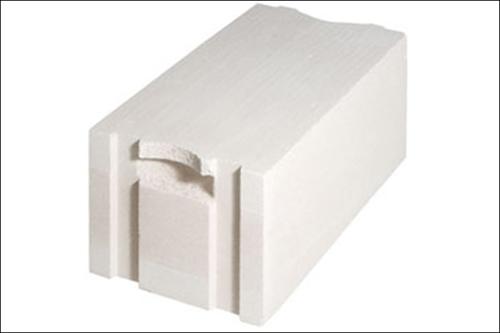 В Украине начался выпуск новых стеновых блоков – c карманами для переноски
