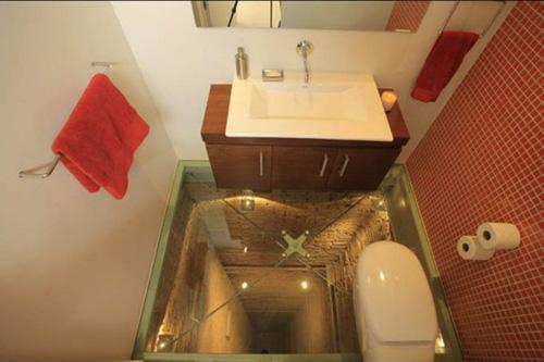 В Мексике есть самая страшная ванная комната в мире