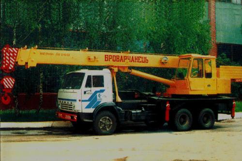 Обзор строительной техники: автокраны. Продолжение