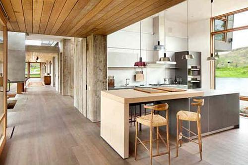 Деревянные кухонные столешницы: плюсы и минусы. Видео