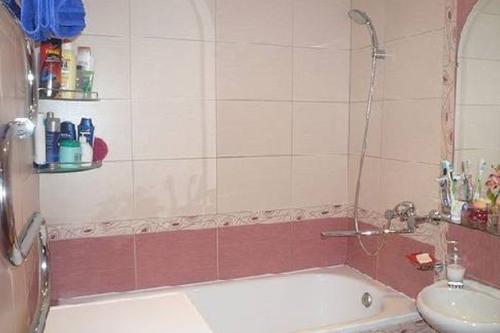 Как оформить интерьер ванной комнаты в хрущевке. Видео