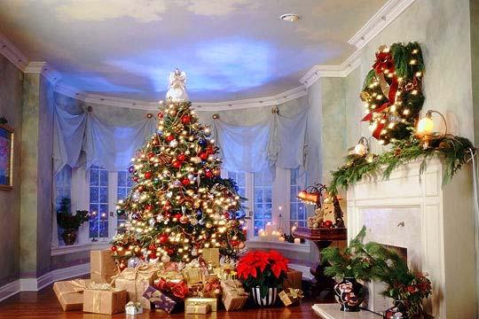 Как украшают дома в разных странах на Рождественские праздники. Фото