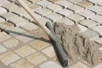 Как правильно заполнить швы после укладки тротуарной плитки. Фото и видео