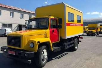 Украинские коммунальщики получили партию новых аварийно-ремонтных машин