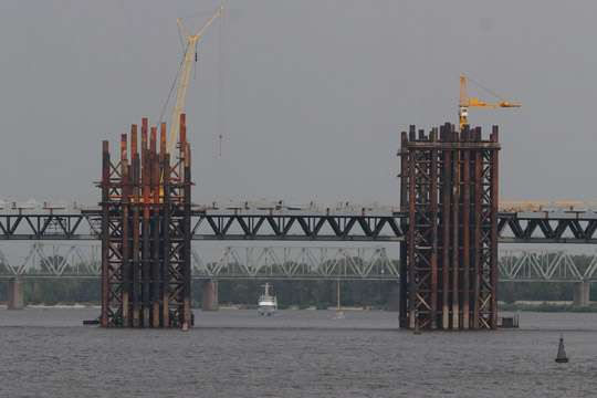 Кличко воФранкфурте обещали €200 тыс. наэкспертизу Подольско-Воскресенского моста