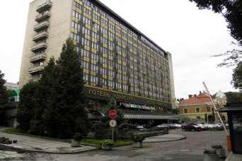 Близкой к россиянам компании разрешили скупить гостиницы