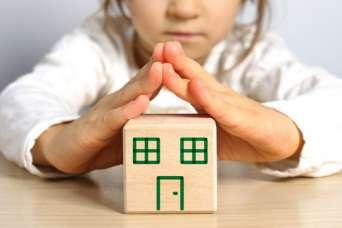 Горсовет Одессы купил жилье для сирот у своих же фирм