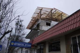 В историческом центре Полтавы появилась незаконная надстройка