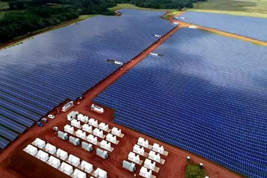 «Тесла» построила гигантскую солнечную станцию на Гавайях