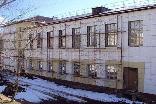 На ремонте подольской школы украли 440 тыс. грн.