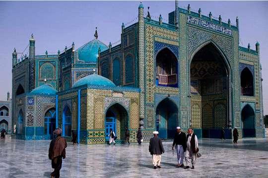 Как в Афганистане построили жемчужину архитектуры - Голубую мечеть. Фото