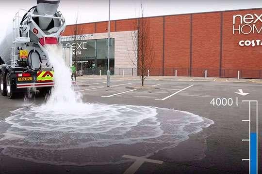 Изобретено асфальтовое покрытие для дорог, которые впитывает лужи. Видео