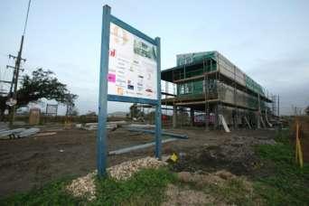 Построенный фондом Брэда Питта дом снесут