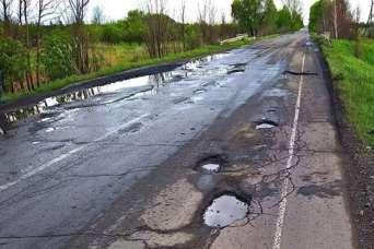 Местным властям разрешили занимать на дороги