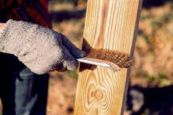 Браширование древесины своими руками.  Фото и видео
