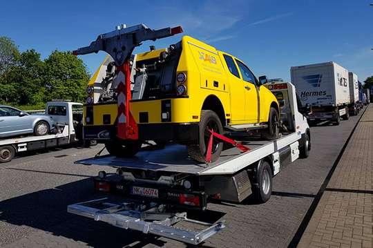 На дорогах Украины вышла линейка итальянских автоэвакуаторов. Фото и видео