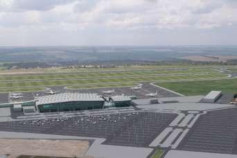 Строительство ВПП в аэропорту Днепра срывают