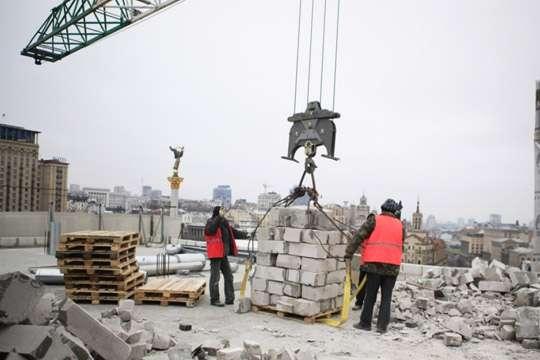 Киеву пришлось взяться за Дом профсоюзов