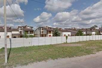 На землях рекреации в Запорожье построили коттеджный городок