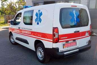 Новоукраинка закупила современный автомобиль скорой медицинской помощи