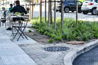 Тротуарная плитка сможет бороться последствиями изменения климата