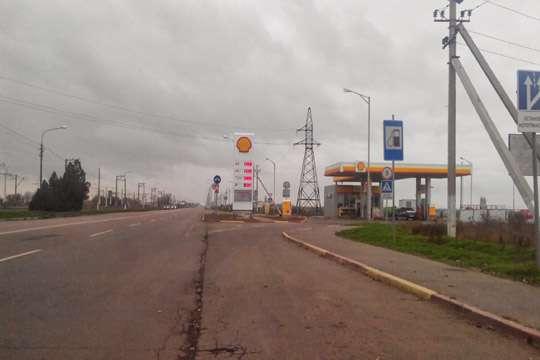 Херсонскую дорогу отремонтируют с минимальной скидкой