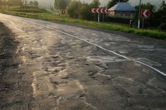 Как харьковчане с сумчанами на ремонте дорог заработали