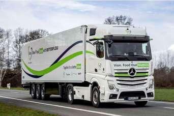 На дороги Европы вышел новый экономичный автопоезд на базе Mercedes-Benz Actros