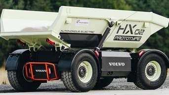 Volvo CE испытывает второе поколение беспилотных электросамосвалов