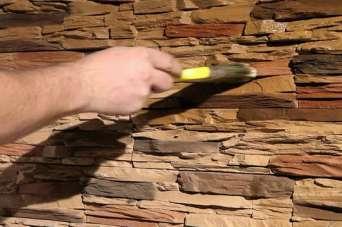 Для чего нужен лак для бетона или кирпича и как его выбрать