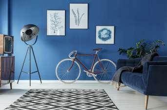 Фарбування власноруч стін і стель: покрокова інструкція