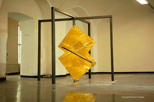 Изобретены принципиально новые двери. Видео