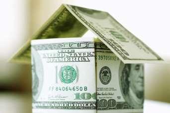 Мораторий на взыскание имущества по валютной ипотеке продлили