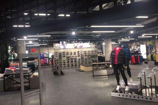 Магазины начинают жалеть о приходе в главный универмаг страны