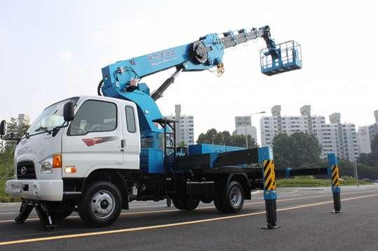В Украине наладили сборку южнокорейских автоподъемников. Видео