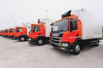Крупнейший ритейлер Украины получил первую партию новых тяжелых грузовиков