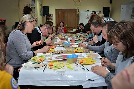 Барвистий майстер-клас для учасників соціального центру