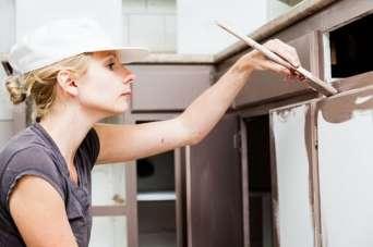Как покрасить фасады кухни из МДФ
