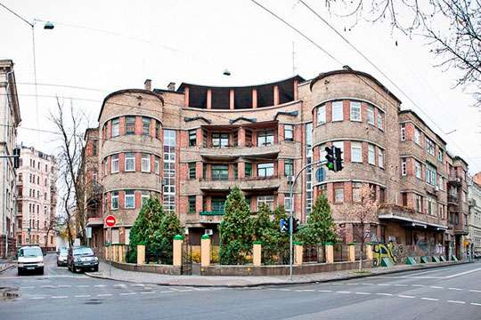 Как в Киеве построили «Первый дом врача»