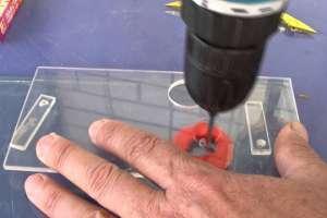 Как просверлить отверcтие в стекле в домашних условиях. Видео