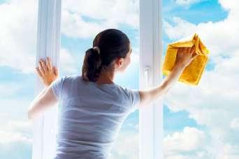 Как помыть металлопластиковые окна и не испортить их