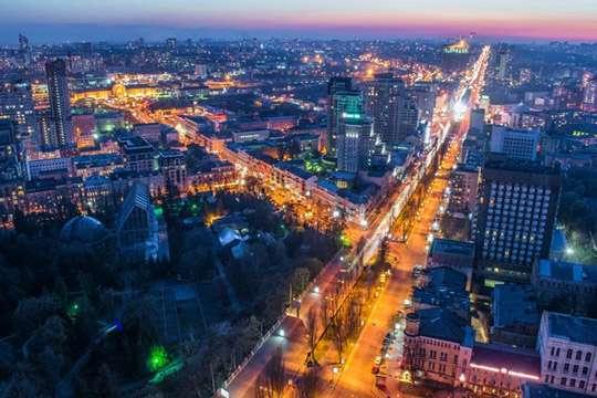 Киев просит льготы на освещение и электротранспорт